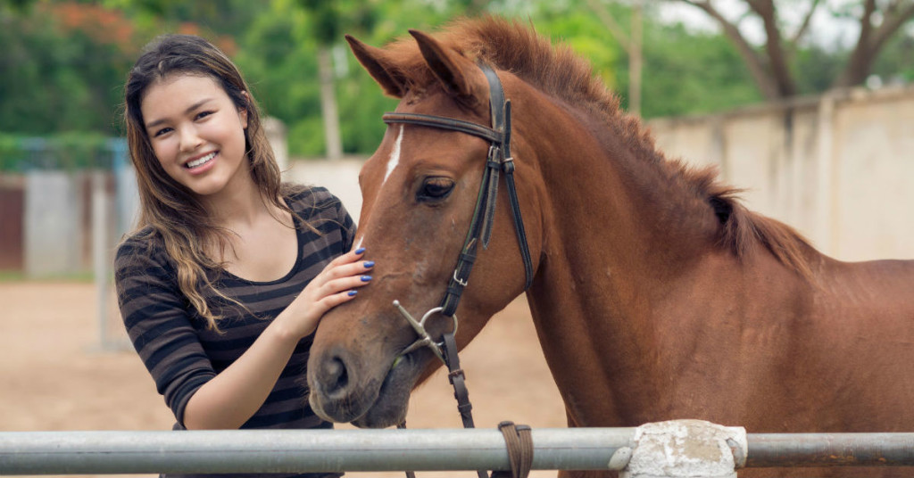 Equine Therapy Makes Change For Families Broken By Troubled Teens